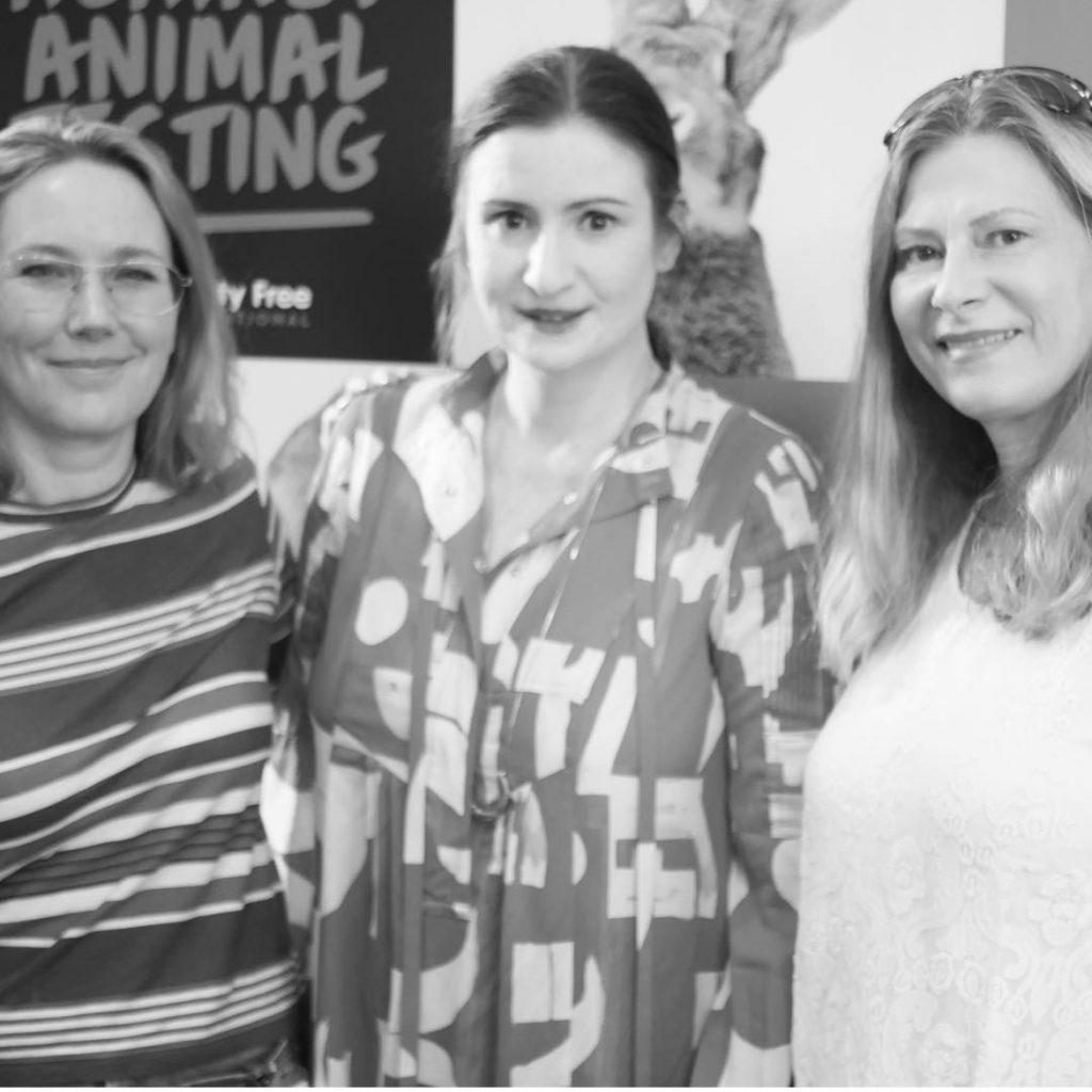Möte i Rosenbad ang djurförsök med Birgitta Ohlsson och Agneta Elmegård.